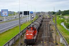 DBC 6441 met keteltrein te Barendrecht, 16-07-16 (Danil de Ruig) Tags: db dbc dbcargo rotterdam diesel 6400 6500