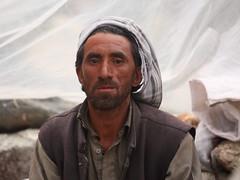 Namla: Porter in his shelter (Shahid Durrani) Tags: biafo glacier karakorams gilgit baltistan pakistan