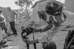 questa la magia della fotografia? (Mario Giovilli) Tags: fondazionepietrogamba anzaldo quebradahonda bolivia infanzia canon felicit gioco fotografia