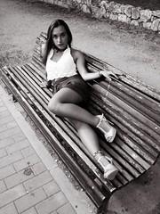 Tarde de Verano 9 (paxt) Tags: beauty summer teen tiny strobist umbrella cactusv5 chica paxt photoshoot valladolid segovia woman mujer sari hernandez