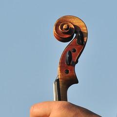 Wirbelkasten (Simpel1) Tags: germany berlin kulturforum violine violin geige berlinerphilharmoniker openair 2016 wirbelkasten