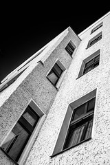 Architektur ... (Skley) Tags: wedding berlin architecture photography photo backyard foto fotografie creative picture commons cc creativecommons architektur bild oldbuilding hinterhof altbau kreativ sprengelkiez skley dennisskley