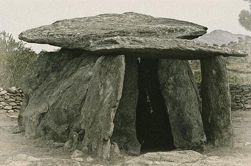 A858-Dolmen de la Creu d'en Cobertella (Gerona)