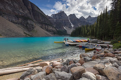 Moraine Lake (seryani) Tags: trip viaje trees summer vacation naturaleza mountain lake holiday canada mountains tree love nature water forest canon landscape rockies lago outdoors nationalpark agua scenery holidays view outdoor amor lakes banco lac august paisaje canoe agosto bosque alberta verano vista banff rockymountains montaa vacations vacaciones forests moraine canoa canad montaas 2012 banffnationalpark morainelake rocosas bosques canadianrockies parquenacional airelibre canadianrockymountains montaasrocosas canoneos5dmarkii canonef1635f28lii canonef1635 5dmarkii canadarockymountains lagomoraine august2012 summer2012 montaasrocosasdecanad verano2012 agosto2012 vacaciones2012 parquenacionaldebanff