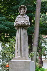 Estatua de San Francisco de Asis en el Parque del mismo nombre en Oviedo, Asturias, España. (RAYPORRES) Tags: españa esculturas asturias estatuas monumentos octubre oviedo 2012 sanfranciscodeasis campodesanfrancisco