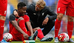 Origi and Klopp (MekyCM) Tags: soccer premier league football premierleague england wales britain unitedkingdom arsenal chelsea liverpool mancity united futbol futebol barclays leicester pitch supporters celebration southampton palace westham everton spurs newcastle stoke swansea sunderland watford westbrom bournemouth norwich villa