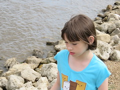 Emily at the Mississippi River (JJP in CRW) Tags: iowa leclaire mississippiriver geibfest