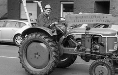 Trecker Oldtimer Rallye - 003_Web (berni.radke) Tags: treckeroldtimerrallye rallye trecker oldtimer lanz bulldog deutz schlter johndeere newholland fendt hanomag fahr leopard wesseler mccormick allgaier man traktor lette kartoffelmarkt