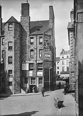 Vault (Dundee City Archives) Tags: vault old olddundeephotos dundee photos citycentre citysquare victorian victorianhousing victoriantenements shops stone buildings era edwardian advert advertising jnicollco shipping agent agency