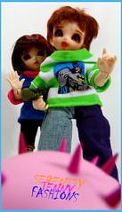 ??? (serenity jenny) Tags: family toy piggy pig handmade sister brother ooak vinyl chloe charlie bjd sis bro custom pong fairyland kaylee tokidoki pongpong ltf porcino littlefee