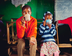 Starbucks (REBVS) Tags: africa street school children photo kenya ghetto kibera slum kentyoshimura