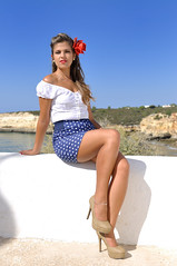 Pinup Session (scottx) Tags: flower portugal girl up rose pin flor tube rosa chapel skirt da session algarve patricia miniskirt pinup senhora nisa saia rocha patrcia capela porches minisaia senhoradarocha tubeskirt saiatubo