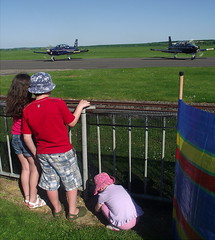 Young spectators at an air show (Snapshooter46) Tags: children airshow duxford spectators imperialwarmuseum may2012