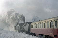 2002-12-07 Smoke (beranekp) Tags: winter mountains czech eisenbahn railway steam locomotive ore erzgebirge msto nov dampf hory krun eleznice