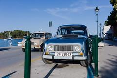 der Kroaten liebstes Gefährt (Michael Tremel) Tags: street color port photography fotografie croatia renault hafen r4 kroatien roninj