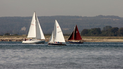 red white harbour sails entrance scene serene yachts chichester canoneos450d