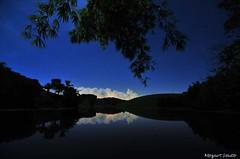 Noite Azul - Blue Night (Mozart Souto) Tags: longexposure sky nature water azul night landscape natureza estrelas noturna noite longaexposio mataatlntica duetos aldeiape mozartsouto noturnalongaexposio