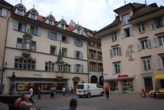 Lucerne - Apartments & Painted Houses  Hirschenplatz (Le Monde1) Tags: houses switzerland town nikon apartments painted luzern altstadt lucerne canton vierwaldstättersee swissalps lakelucerne hirschenplatz d60 riverreuss lemonde1