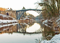 Ironbridge in Winter (Row 17) Tags: england architecture shropshire bridges engineering ironbridge worldheritagesite riversevern rivers