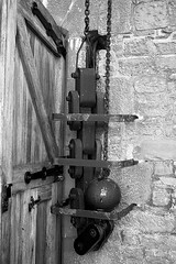 Drawbridge Chain BW (Little Boffin (PeterEdin)) Tags: old blackandwhite bw white black slr castle monochrome canon buildings eos rebel grey coast scotland town blackwhite ancient gate alba broughtyferry dundee fort citadel oldbuildings historic chain coastal drawbridge dslr fortification chateau towns stronghold fortress canoneos tayside singlelensreflex blackandwhitephotography ecosse blackwhitephotography historicbuildings ancientbuildings broughtycastle dunde 400d rebelxti canoneos400d canonrebelxti canon400d drawbridgechain digitalsinglelensreflex bruachtatha brochtie dùndè