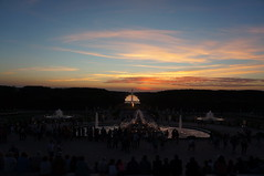 Coucher de soleil sur les jardins du chteau de Versailles (theMisterNL) Tags: chteau versailles chteaudeversailles chateaudeversailles night summer
