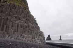 KCC_1085 (kccornell) Tags: columnar jointing basalt sea stacks reynisfjara beach black sand iceland