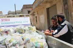 Delivering relie in Houla, Homs (Ummah Welfare Trust) Tags: syria food ramadan ramadhan islam muslims سوريا سورية poverty aid children war refugee displaced hunger humanitarian humanitarianism