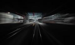 la fanestra enavos, en tren il Viafier retica (Toni_V) Tags: m2401002 rangefinder digitalrangefinder messsucher leica leicam mp typ240 35lux 35mmf14asph 35mmf14asphfle summiluxm train zug rhb rhtischebahn rhaetianrailway chur cuira graubnden grisons grischun perspective station bahnhof longexposure motion movement blur switzerland schweiz suisse svizzera svizra europe toniv 2016 160831 viafierretica