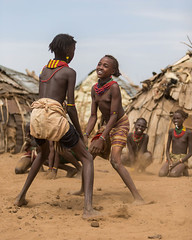 Dassanech Tribal Dance (Omorate, Ethiopia 2014) (Alex Stoen) Tags: 1dx africa alexstoen alexstoenphotography canon canoneos1dx dasenech ef70200f28lisusm ethiopia geotagged natgeo nationalgeographicexpeditions omovalley omorate travel tribes vacation