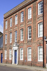Lovely architecture in Trumpington St, Cambridge, England. (Downtime_1882) Tags: touristdestination touristdestinations travel traveldestination traveldestinations building buildingexterior buildingexteriors buildings architectural architecture vertical outdoors color colorimage colour colourimage europe canoneos7d canoneos eos7d 7d canon canonef2470mmf28liiusm