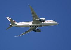 QATAR AIRLINES BOEING 787-8 DREAMLINER (IAN GARDNER PHOTOGRAPHY) Tags: nikon 500mm dreamliner boeing 787 boeing787 aircraft airliner passengerjet
