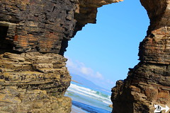 The Arch (Federico Boaretto) Tags: spain ascatedrais beach arch cliff sky sea lowtide