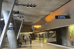 Pittsburgh (Gateway) (Jean (tarkastad)) Tags: usa etatsunis unitedstates tarkastad tram tramway streetcar strasenbahn stadtbahn lrt lightrail metro mtro subway underground ubahn