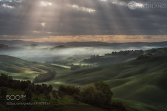 The valley of the light (PhiladelphiaHVAC165) Tags: fog italy green rays hills tuscany crete si siena senesi asciano arbia tusca mythlands