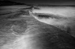 01418 (~maxi) Tags: sorrentobackbeach rockpools longexposure neutraldensityfilter lowtide ocean waves water movement reef morningtonpeninsula sunset motion dynamic turbulence eddies monochrome blackandwhite omgthewavesgotme wetbottomhalfcameraintheair