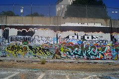 Enyhs keeps pemex (all fucking city) Tags: california graffiti oakland bay und lol zee east crew ceo mta z amc acres aq kod tvk wkt tfn lolc krime aeos blue22