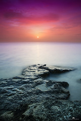 kuwait - Sun on enjefa beach (Abdulaziz ALKaNDaRi | Photographer) Tags: sunset sun fish seascape color colour beach water rock canon lens landscape photography eos rebel high amazing fishing flickr photographer gulf view shot quality east photograph arab arabia kuwait arabian hq middle scape ef f4 1740 2012 q8 waterscape cokin kwi wonderfull kwt nd400     abdulaziz     kuw 550d q8city   colorphotoaward t2i arabgulf   alkandari enjefa   abdulazizalkandari enjifa wearab
