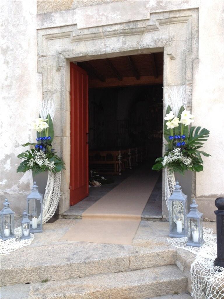 arreglo puerta iglesia