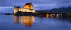 Eilean Donan Castle, Dornie, Scotland (sven483) Tags: bridge sunset reflection castle scotland ross highlands famous loch cromarty eilean donan kasteel lighten duich dornie donnain mygearandme mygearandmepremium mygearandmebronze mygearandmesilver mygearandmegold mygearandmeplatinum mygearandmediamond