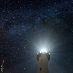 Luces (Roberto Graa) Tags: sky lighthouse night stars faro luces asturias cielo estrellas nocturna lastres milkyway vialactea