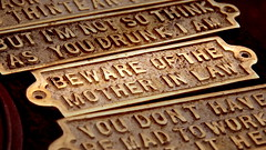 Beware of the mother in law (aesedepece) Tags: sign warning beware suegra peligro placa motherinlaw
