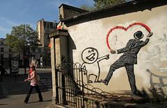 Rue Amelot - Paris (France) (Meteorry) Tags: street summer woman paris france art girl wall graffiti stencil europe femme september t rue mur 2012 artderue meteorry rueamelot amelot boulevarddutemple pasdeloup placepasdeloup