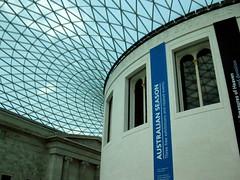 Roof. British Museum. London, UK (Rubem Jr) Tags: uk greatbritain travel building london arquitetura museum architecture arquitectura europa europe museu medieval oldhouse londres british