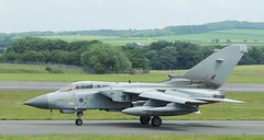 Panavia Tornado GR4 (ZD847) (corax71) Tags: uk plane airplane scotland fly flying airport mod war fighter force arm aircraft aviation military air ministry 14 flight jet royal aeroplane international airforce tornado defence warbird nato forces armedforces warplane prestwick pik squadron armed ayrshire aeronautic ministryofdefence aeronautical panavia royalairforce gr4 prestwickairport tornadogr4 egpk prestwickinternationalairport panaviatornadogr4 panaviatornado glasgowprestwickairport armedforce ukarmedforces glasgowprestwick airarm 14squadron ukmilitary ukforces zd847 prestwickinternational