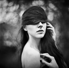 Izabela (szimi82) Tags: light portrait bw hairy white black 6x6 nature girl beauty look fashion hair model natural bokeh body no young makeup soul medium mf elegant portret magnetic teenage sesja spojrzenie modelka