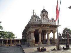 CHAUSAT-YOGINI Temple (HoRnY Bro) Tags: camera new old nature canon temple mp 2012 sx madhyapradesh jabalpur bhedaghat satatue sx150 santury chausatyogini