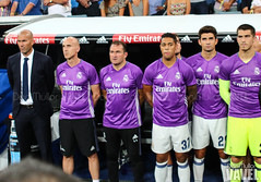 Trofeo Santiago Bernabu 2016: Real Madrid vs Stade de Reims (VAVEL Espaa (www.vavel.com)) Tags: stadedereims estadiosantiagobernabeu ligabbva realmadrid realmadridcf realmadridvavel santiagobernabeu staiddereim trofeosantiagobernabu temporada20152016