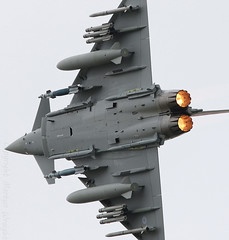 Loaded BAE Systems Typhoon FGR4 (Ratters1968 3,500,000 million views.) Tags: air show aeronautics display airshow airdisplay aviones avioes airplane aeroplane plane flying flight fleugzeug aeronef aircraft transport canon eos 7d mk2 mk11 dslr digital canoneos7dmk2 avions aviation aerobatics aeronefs martyn wraight 1968 ratters ratters1968 martynwraight military combat militaryaircraft combataviation warbird war royal international tattoo riat fairford raffairford 2016 bae british aerospace britishaerospace mod defence britishmilitary bomber fighter topgun fastjet jet tiffie typhoon eurofighter eurofighter2000 ej200 rolls royce rollsroyceej200 fast