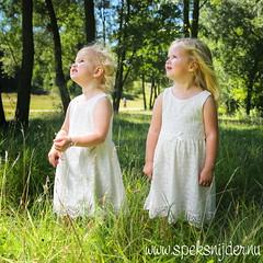 Merel & Fleur (Manuel Speksnijder) Tags: merel fleur meisjes girls kinderen kids portret portrait kwintelooijen rhenen 500px sisters zusjes