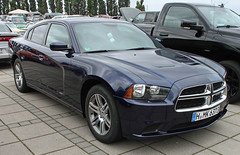 Charger Sedan (Schwanzus_Longus) Tags: german germany us usa america american new modern car vehicle sedan saloon muscle dodge charger srt fahrzeug auto outdoor